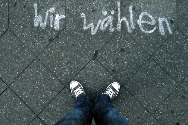 demokratie deutscher-bundestag spanien griechenland parlamentarismus eurokrise