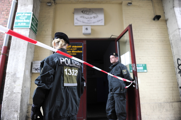 migration terrorismus gefahrenabwehr terrorism islamischer-staat flüchtlinge islamischer terror
