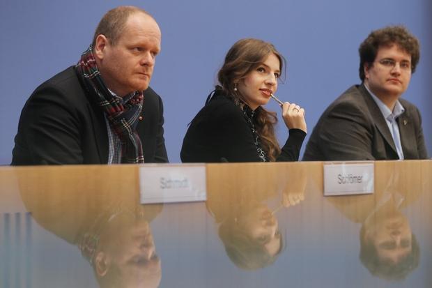 demokratie basisdemokratie piratenpartei digitale-partizipation fuenf-parteien-system