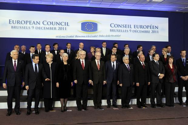 angela-merkel fukushima eurokrise sparpolitik
