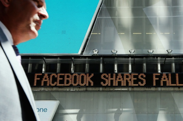 facebook start-up investition groupon lukasz-gadowski