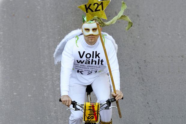 ddr berlin stuttgart-21 protest prenzlauer-berg volksentscheid schwaben