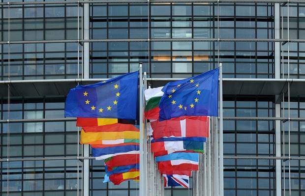 demokratie europa europaeisches-parlament