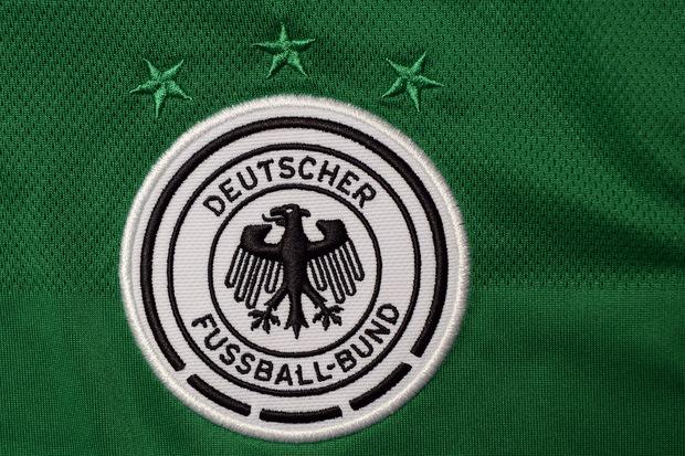 fussball fluechtlinge diskriminierung fifa deutscher-fussball-bund