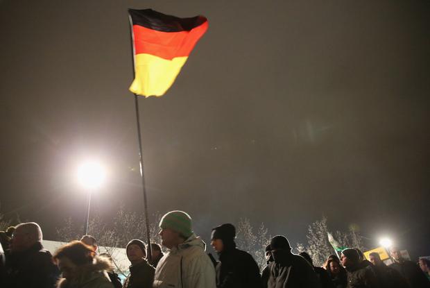 dresden neonazis nazi pegida