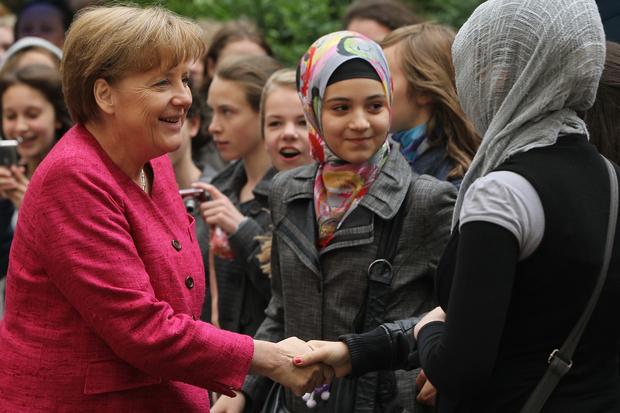 angela-merkel islam christentum cdu deutschland leitkultur