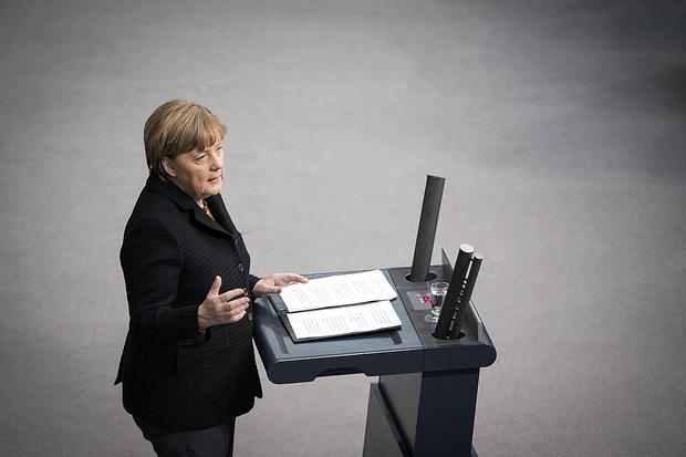 angela-merkel bundeskanzler bundesverfassungsgericht flüchtlingskrise