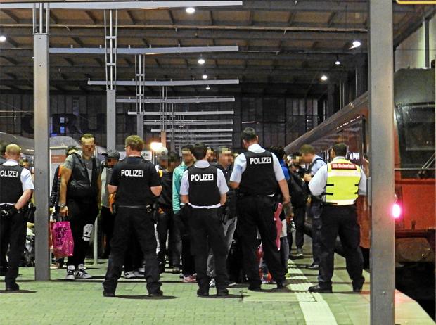 polizei flüchtlinge flüchtlingskrise